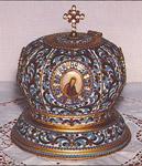 Λειψανοθήκη με λείψανο του Αγίου Νικοδήμου του Αγιορείτη