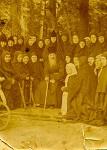 Ο Όσιος Ιωσήφ της Όπτινα με μοναχές της Μονής Σαμορντίνο