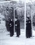 Ο Όσιος Παΐσιος ο Αγιορείτης μαζί με τον Πανοσιολογιώτατο αρχιμ. γέροντα Γρηγόριο και τη Καθηγουμένη γερόντισσα Ευφημία στην Ιερά Μονή Τιμίου Προδρόμου Μεταμορφώσεως Χαλκιδικής