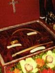 Η λειψανοθήκη με τα ιερά λείψανα των Αγίων Φανέντων που επέστρεψαν στην Κεφαλλονιά