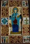 Παραδοσιακή γεωργιανική εικόνα της αγίας Νίνας από σμάλτο και πολύτιμους λίθους