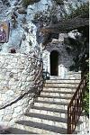 Η Μονή του Οσίου Παταπίου στο Λουτράκι
